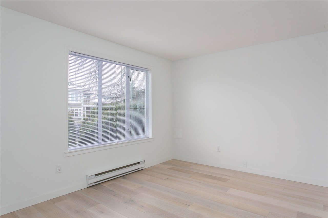"""Photo 16: Photos: 101 250 E 11TH Street in North Vancouver: Central Lonsdale Townhouse for sale in """"Easthill II"""" : MLS®# R2144633"""