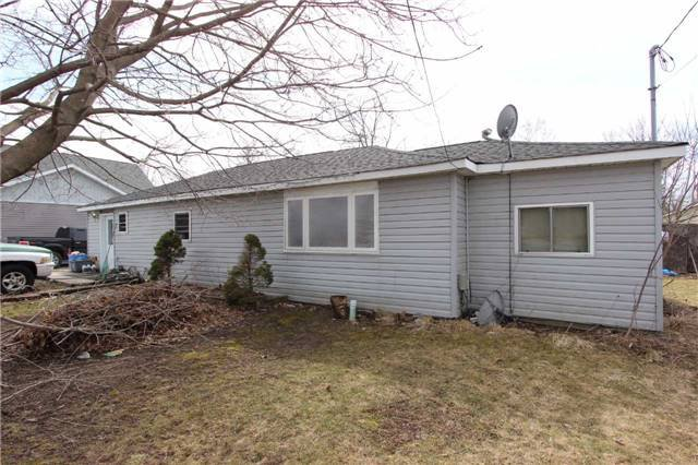 Main Photo: 2800 Perry Avenue in Ramara: Brechin House (Bungalow) for sale : MLS®# X3750585