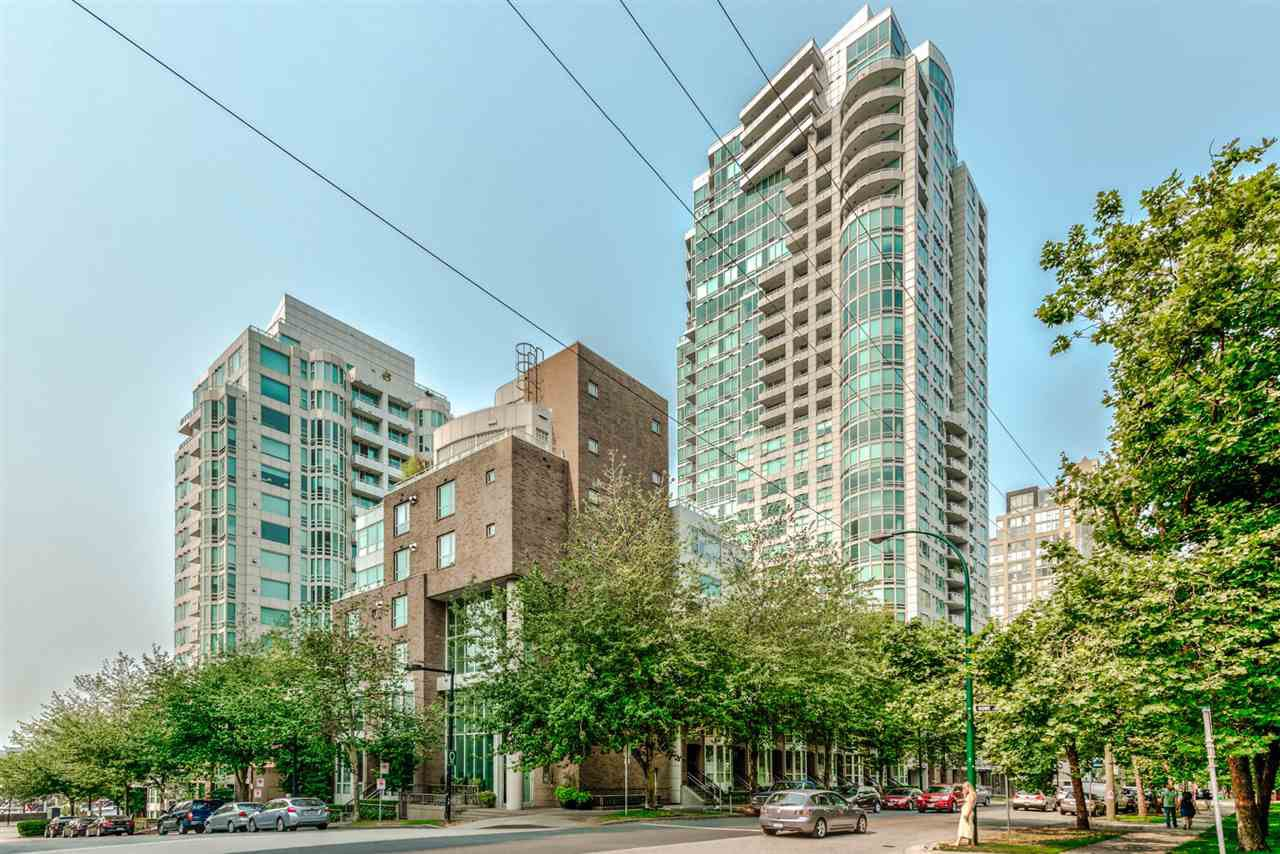Main Photo: 513 888 BEACH AVENUE in Vancouver: Yaletown Condo for sale (Vancouver West)  : MLS®# R2194661