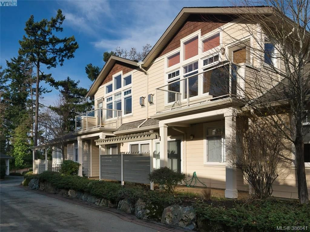 Main Photo: 71 850 Parklands Dr in VICTORIA: Es Gorge Vale Row/Townhouse for sale (Esquimalt)  : MLS®# 775780