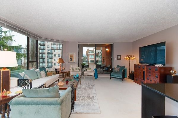 "Photo 3: Photos: 603 1860 ROBSON Street in Vancouver: West End VW Condo for sale in ""Stanley Park Place"" (Vancouver West)  : MLS®# R2233755"