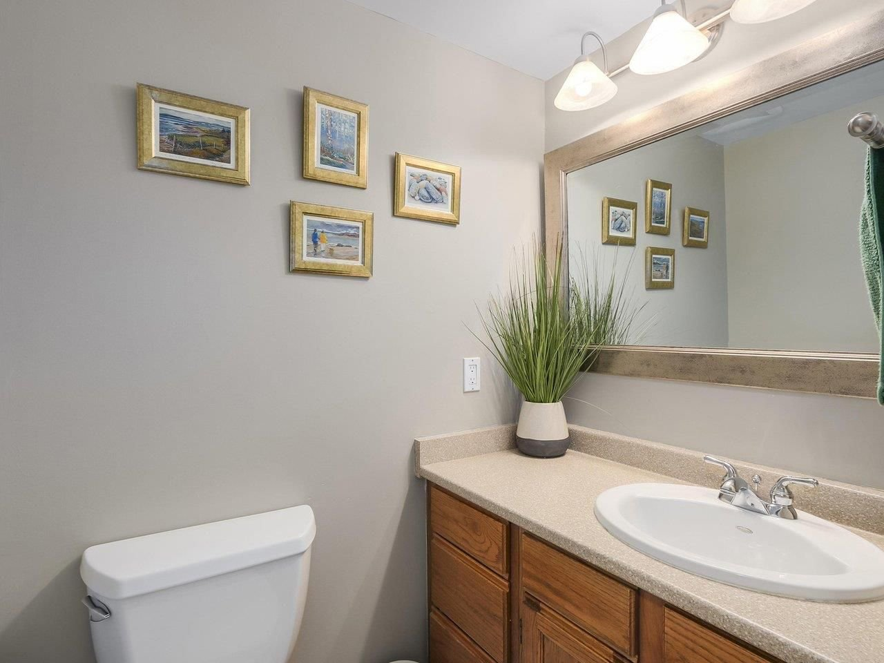 Photo 11: Photos: 887 KELVIN Street in Coquitlam: Harbour Chines House for sale : MLS®# R2240068
