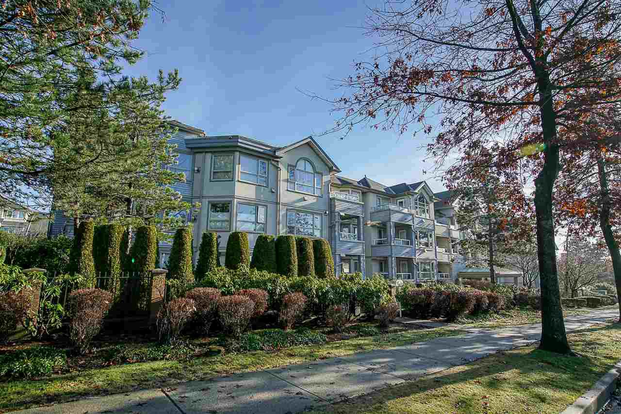 """Main Photo: 103 7326 ANTRIM Avenue in Burnaby: Metrotown Condo for sale in """"SOVEREIGN MANOR"""" (Burnaby South)  : MLS®# R2256272"""