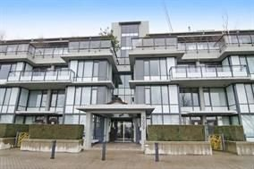 """Main Photo: 412 9009 CORNERSTONE Mews in Burnaby: Simon Fraser Univer. Condo for sale in """"The Hub"""" (Burnaby North)  : MLS®# R2260831"""