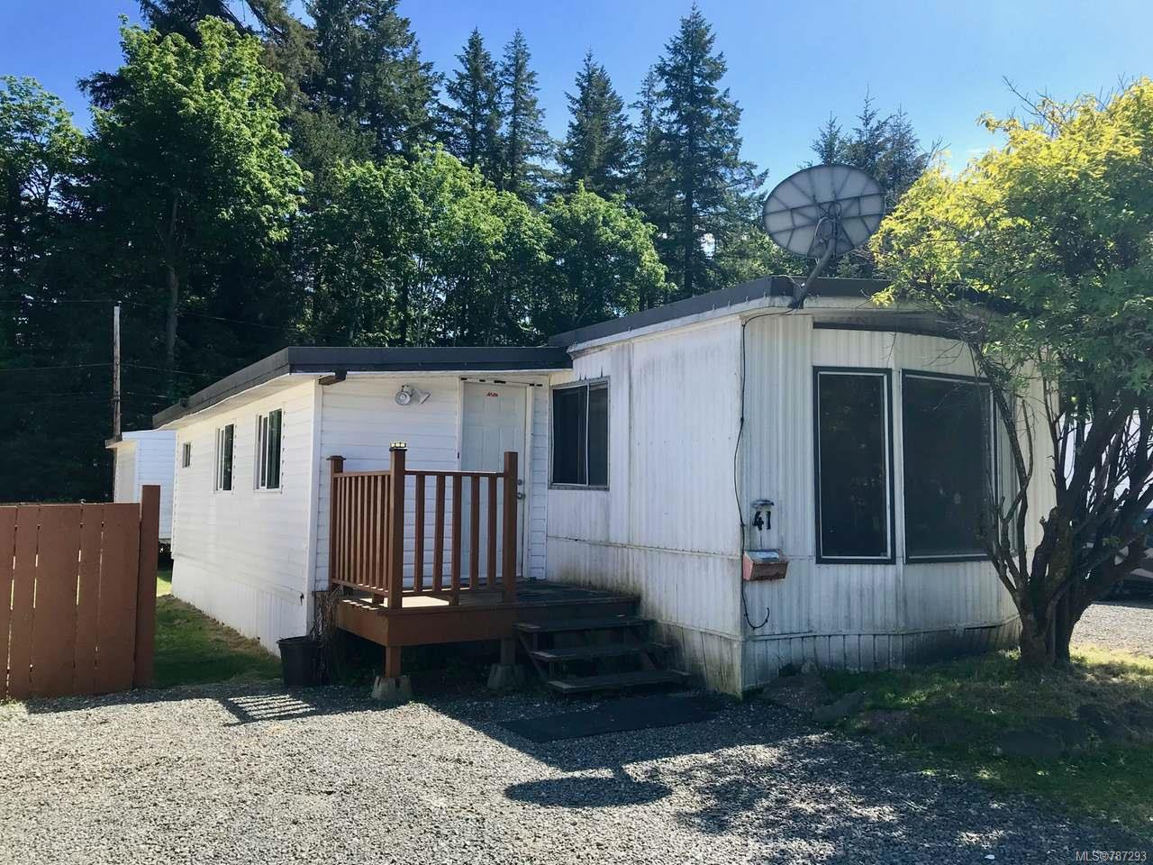 Main Photo: 41 2700 Woodburn Rd in CAMPBELL RIVER: CR Campbell River North Manufactured Home for sale (Campbell River)  : MLS®# 787293