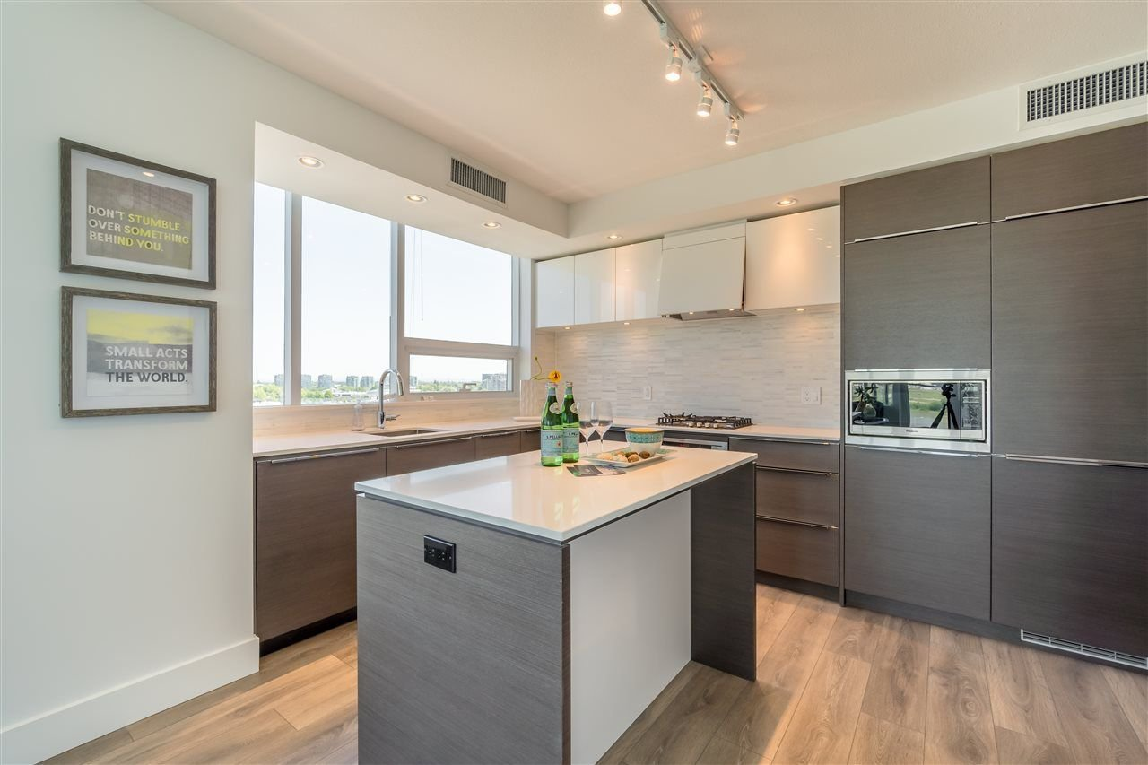 Photo 6: Photos: 1209 5233 GILBERT Road in Richmond: Brighouse Condo for sale : MLS®# R2269740