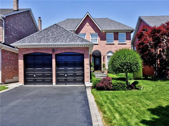 Main Photo: 81 Heatherwood Crescent in Markham: Unionville House (2-Storey) for sale : MLS®# N4158532