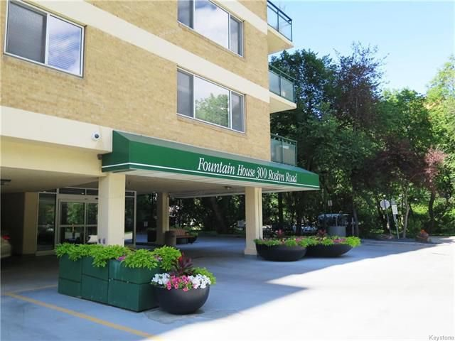 Main Photo: 11C 300 Roslyn Road in Winnipeg: Osborne Village Condominium for sale (1B)  : MLS®# 1818378