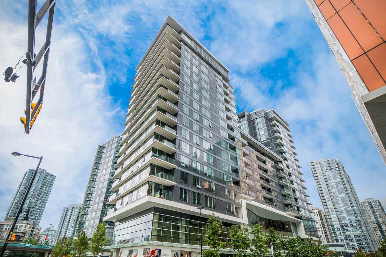 "Main Photo: 857 38 SMITHE Street in Vancouver: Downtown VW Condo for sale in ""One Pacific"" (Vancouver West)  : MLS®# R2307902"