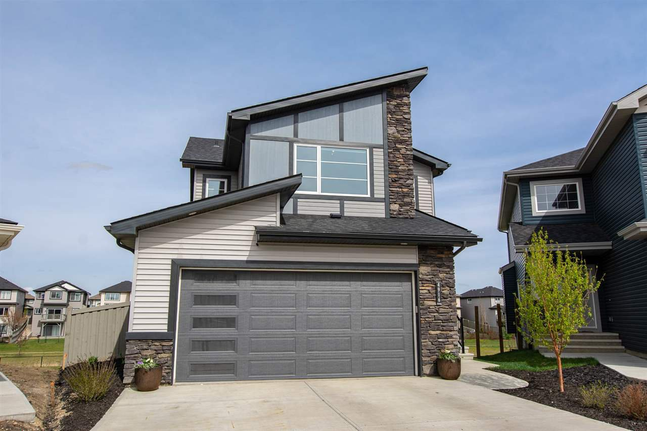 Main Photo: 4916 CHARLES Point in Edmonton: Zone 55 House for sale : MLS®# E4157851