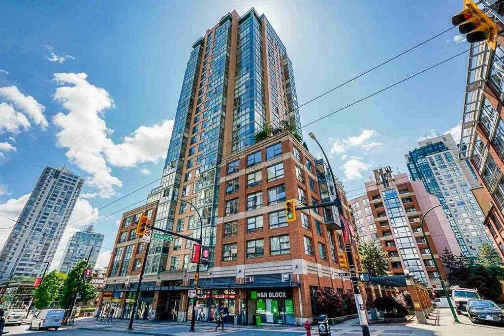 """Main Photo: 303 212 DAVIE Street in Vancouver: Yaletown Condo for sale in """"Parkview Gardens"""" (Vancouver West)  : MLS®# R2528495"""