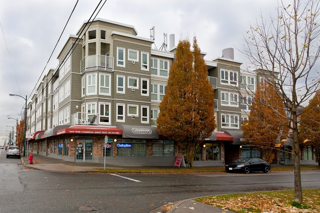 "Photo 1: Photos: 209 4989 DUCHESS Street in Vancouver: Collingwood VE Condo for sale in ""ROYAL TERRACE"" (Vancouver East)  : MLS®# V920881"