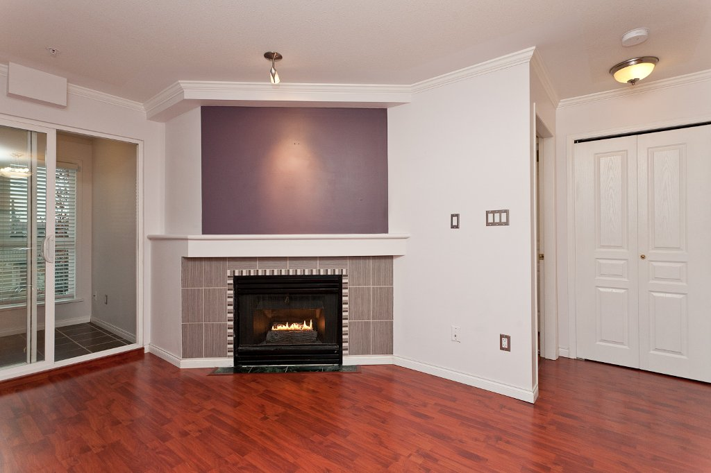 "Photo 2: Photos: 209 4989 DUCHESS Street in Vancouver: Collingwood VE Condo for sale in ""ROYAL TERRACE"" (Vancouver East)  : MLS®# V920881"