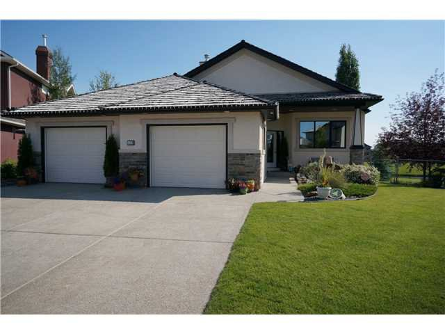 Main Photo: 430 FAIRWAYS Mews NW: Airdrie Residential Detached Single Family for sale : MLS®# C3591395