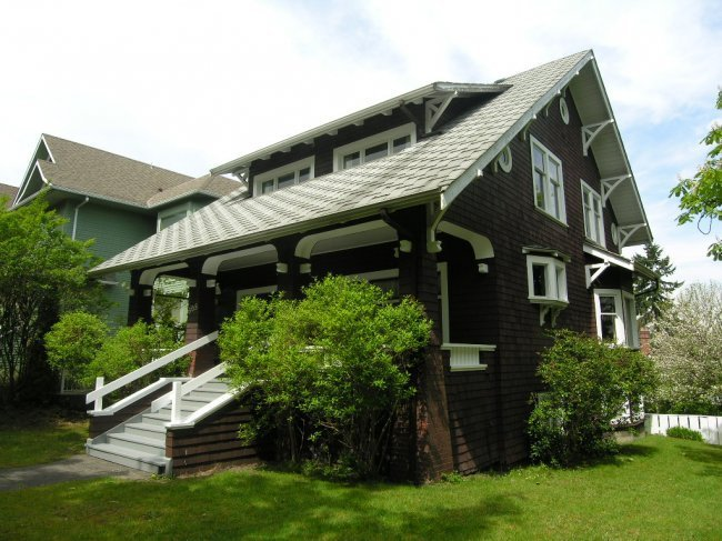 Main Photo: 305 West 13th Avenue in Vancouver: Home for sale