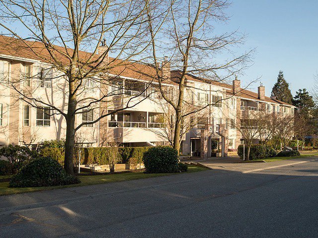 "Main Photo: 320 1952 152A Street in Surrey: King George Corridor Condo for sale in ""Chateau Grace"" (South Surrey White Rock)  : MLS®# F1412155"