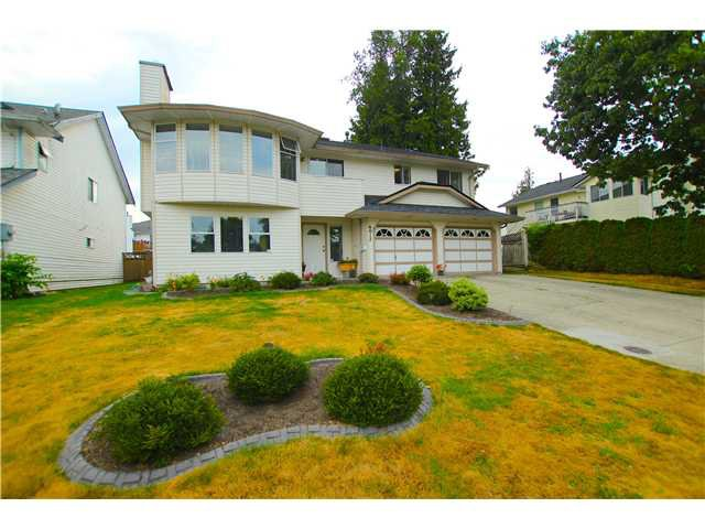 "Main Photo: 6017 189TH Street in Surrey: Cloverdale BC House for sale in ""CLOVERHILL"" (Cloverdale)  : MLS®# F1423444"