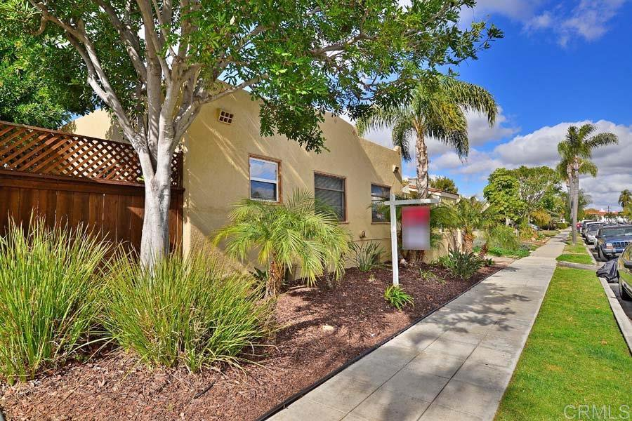 Main Photo: NORMAL HEIGHTS Condo for sale : 2 bedrooms : 4732 Oregon in San Diego