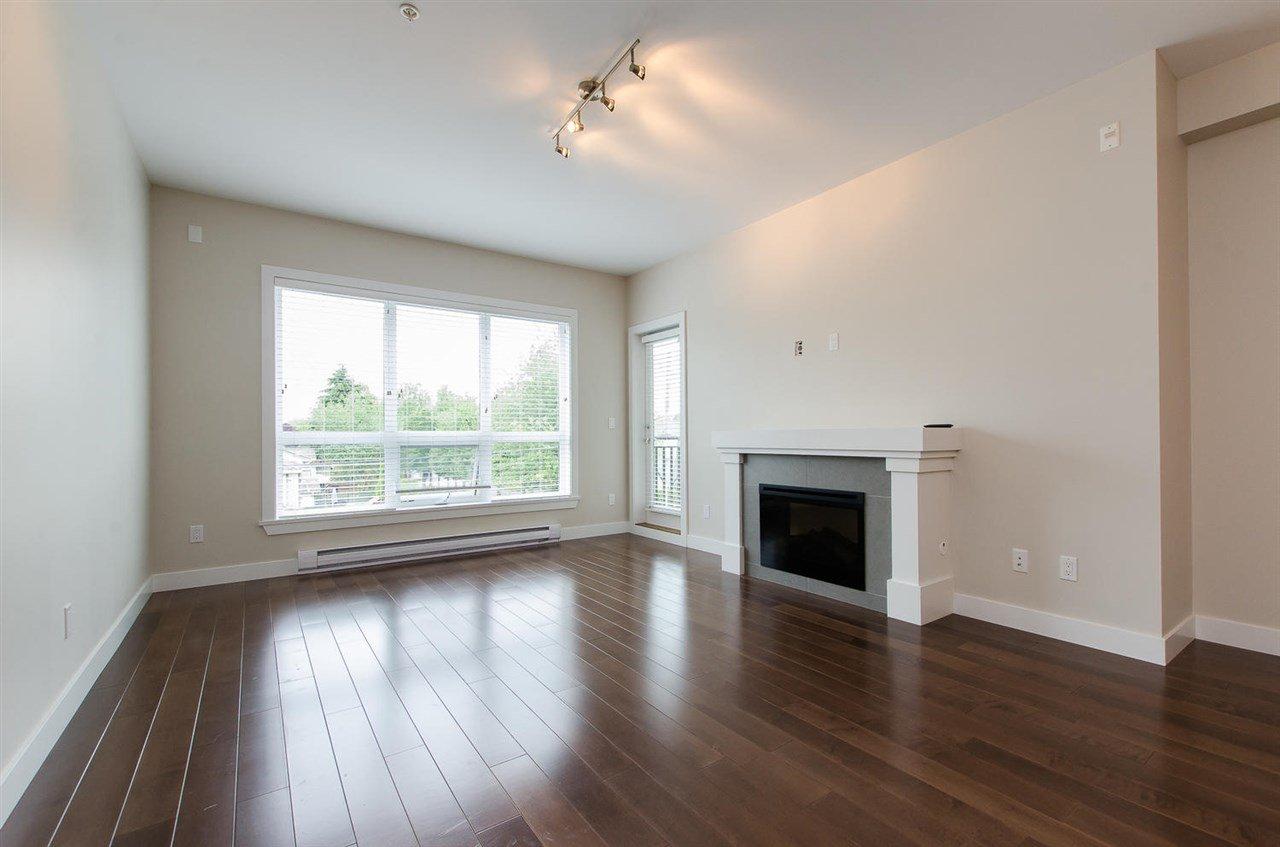 "Photo 5: Photos: 302 4689 52A Street in Delta: Delta Manor Condo for sale in ""CANU"" (Ladner)  : MLS®# R2073176"