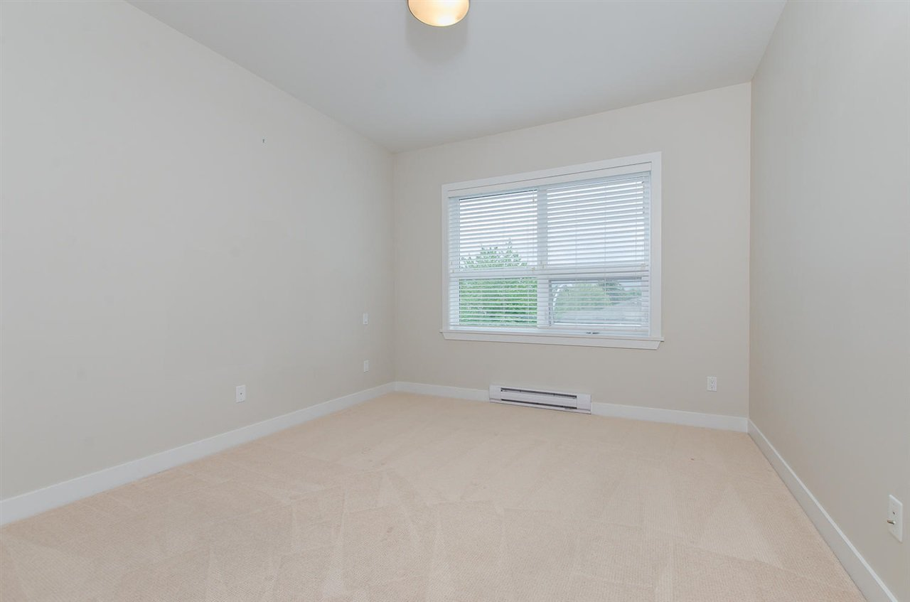 "Photo 10: Photos: 302 4689 52A Street in Delta: Delta Manor Condo for sale in ""CANU"" (Ladner)  : MLS®# R2073176"