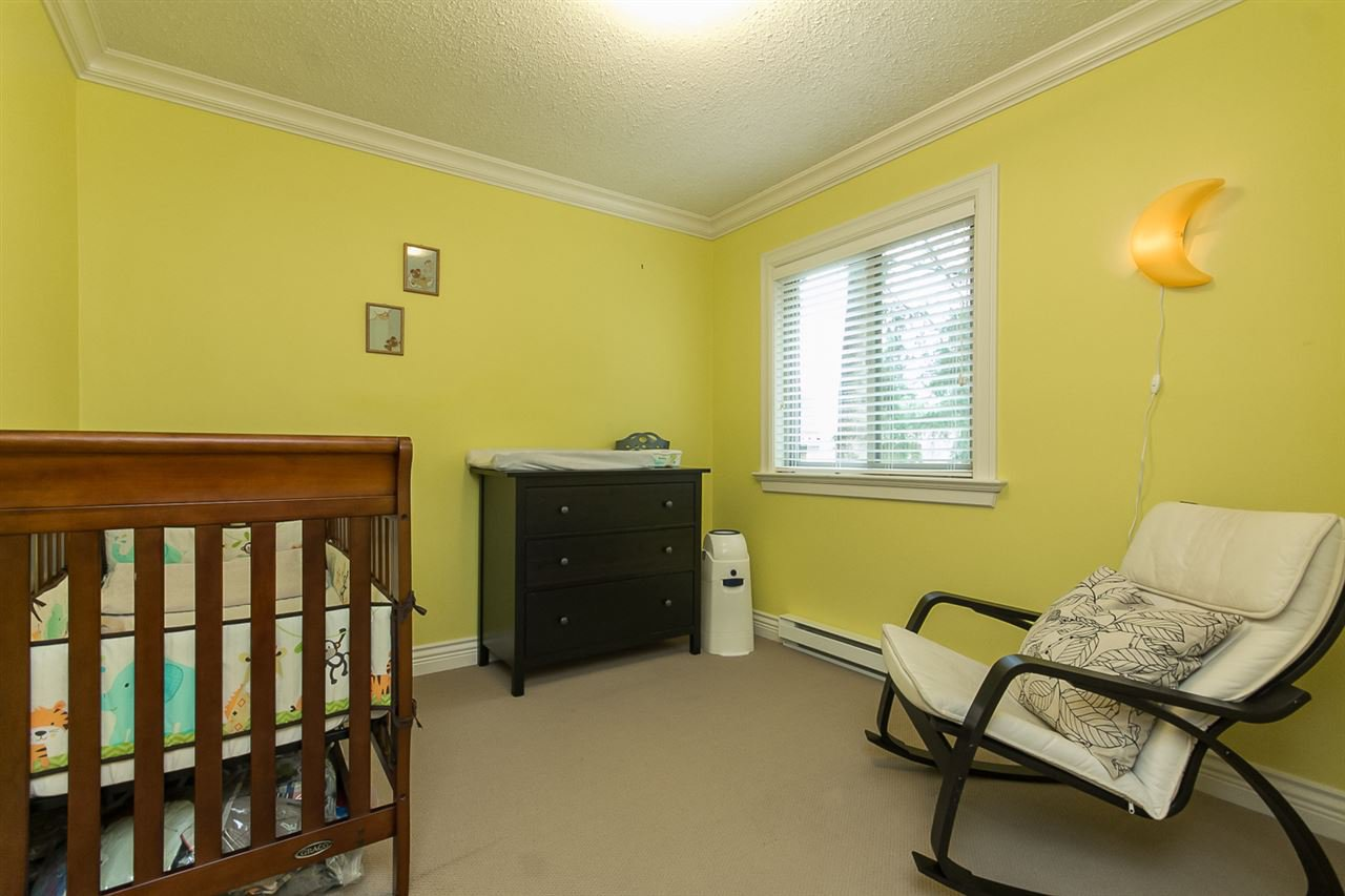 """Photo 13: Photos: 34 32310 MOUAT Drive in Abbotsford: Abbotsford West Townhouse for sale in """"Mouat Gardens"""" : MLS®# R2097604"""