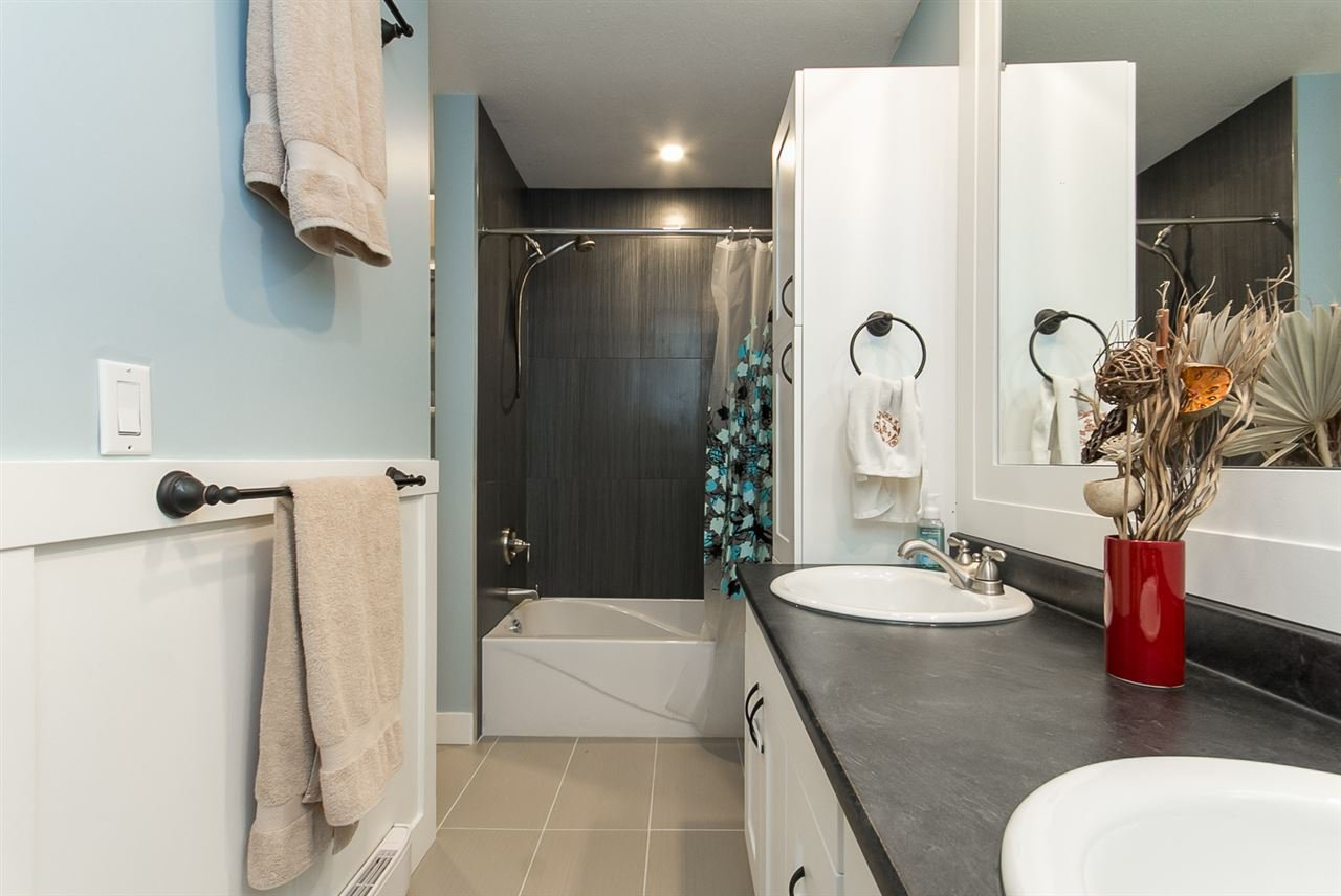 """Photo 16: Photos: 34 32310 MOUAT Drive in Abbotsford: Abbotsford West Townhouse for sale in """"Mouat Gardens"""" : MLS®# R2097604"""