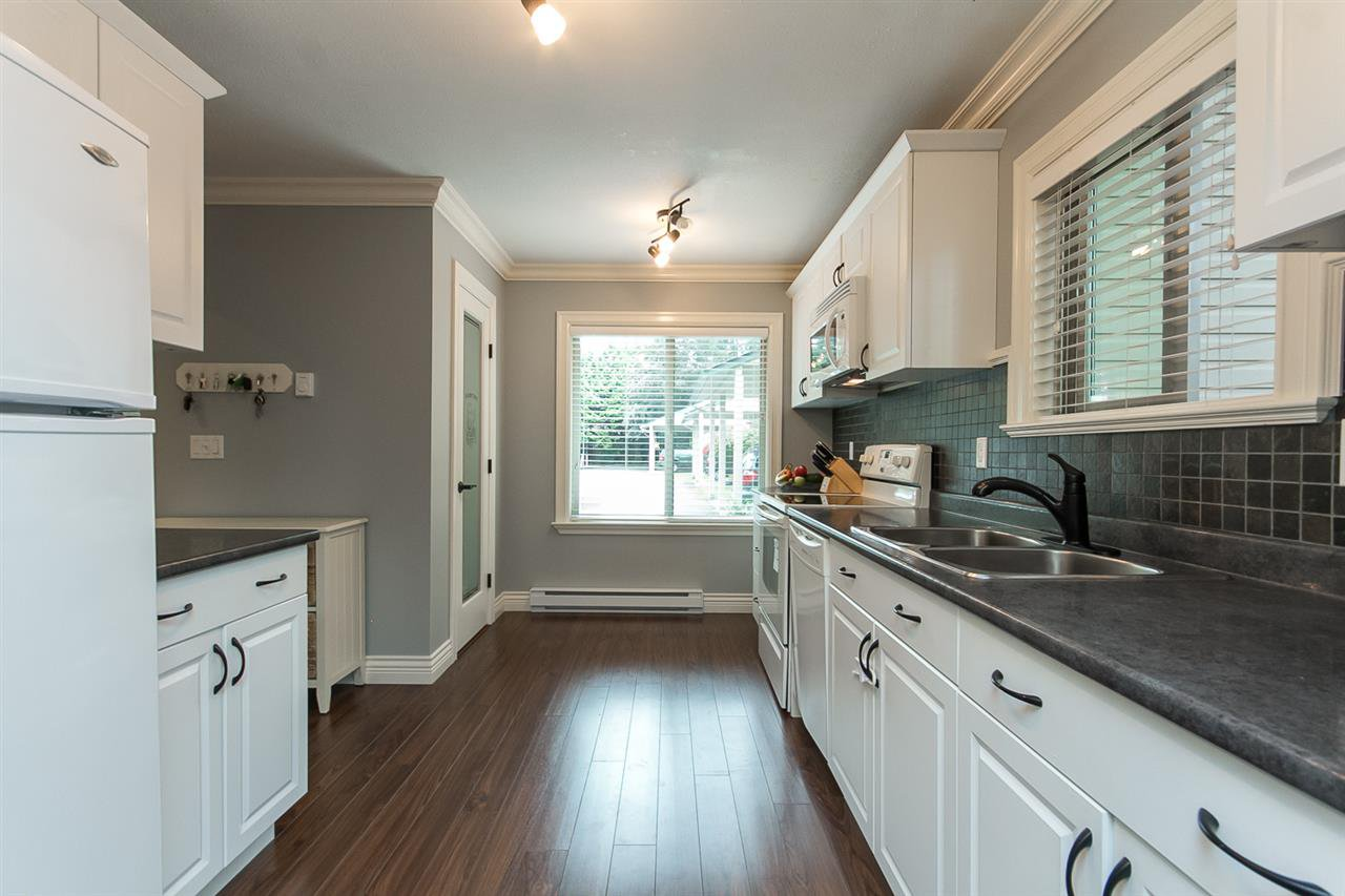 """Photo 8: Photos: 34 32310 MOUAT Drive in Abbotsford: Abbotsford West Townhouse for sale in """"Mouat Gardens"""" : MLS®# R2097604"""