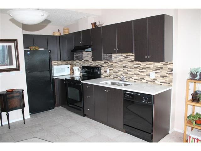 Photo 15: Photos: 1406 1053 10 Street SW in Calgary: Beltline Condo for sale : MLS®# C4110004