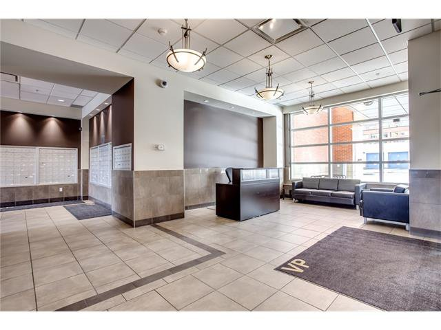 Photo 4: Photos: 1406 1053 10 Street SW in Calgary: Beltline Condo for sale : MLS®# C4110004