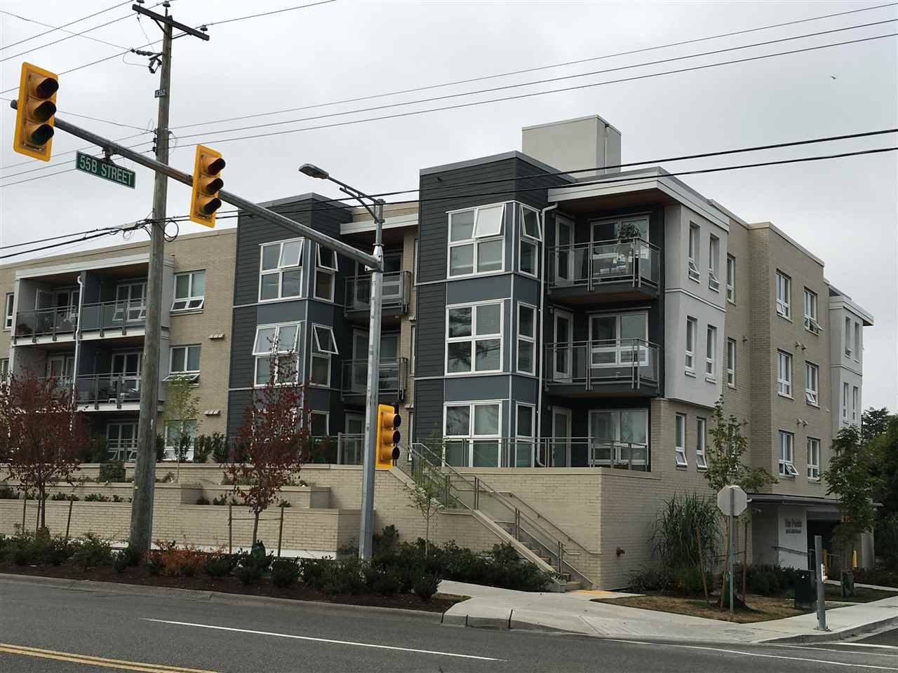 "Main Photo: 307 4815 55B Street in Delta: Hawthorne Condo for sale in ""THE POINTE"" (Ladner)  : MLS®# R2203810"