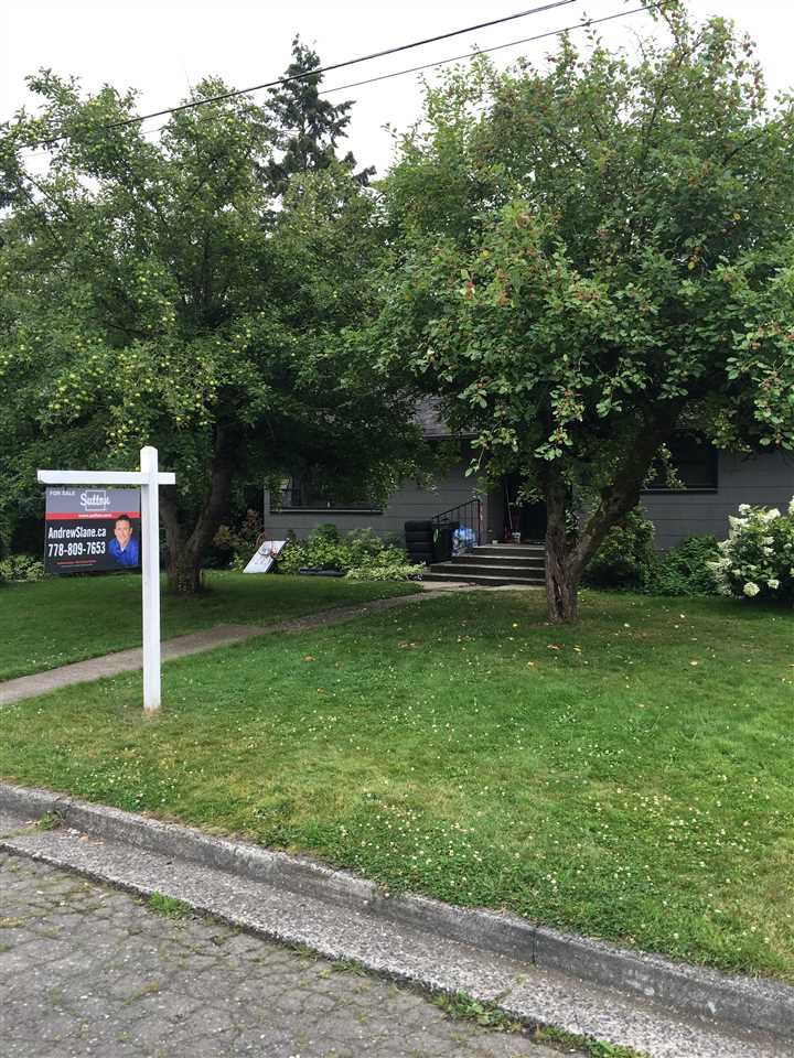 Main Photo: 46196 SECOND Avenue in Chilliwack: Chilliwack E Young-Yale House for sale : MLS®# R2205252