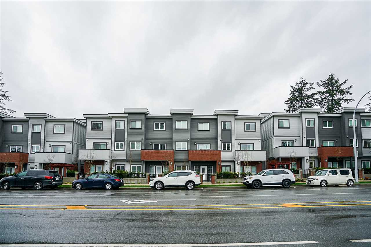 Main Photo: 28 7247 140 Street in Surrey: East Newton Townhouse for sale : MLS®# R2269407