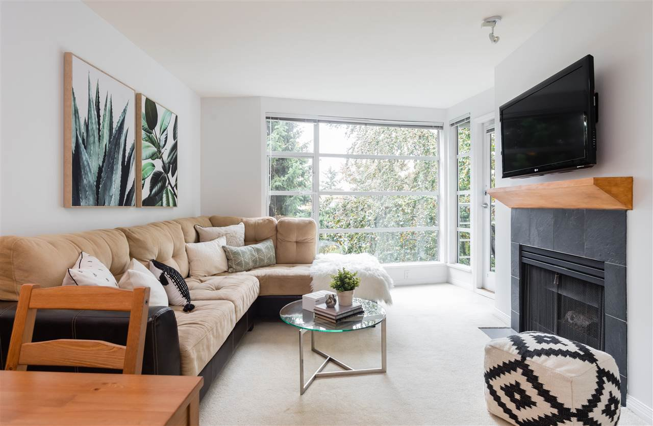 "Main Photo: 307 2525 W 4TH Avenue in Vancouver: Kitsilano Condo for sale in ""Seagate"" (Vancouver West)  : MLS®# R2309681"