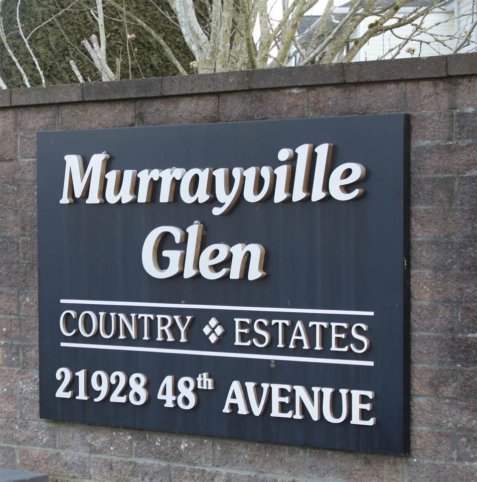 "Main Photo: 18 21928 48 Avenue in Langley: Murrayville Townhouse for sale in ""Murrayville Glen"" : MLS®# R2346079"