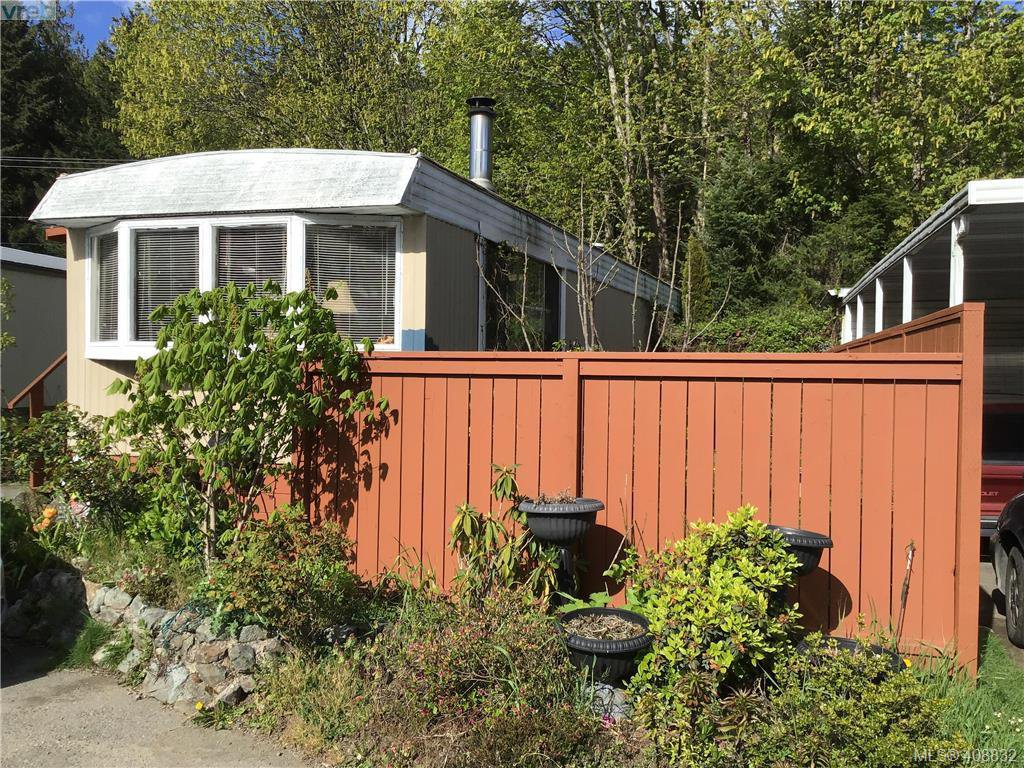 Main Photo: 9 2807 Sooke Lake Rd in VICTORIA: La Goldstream Manufactured Home for sale (Langford)  : MLS®# 812441