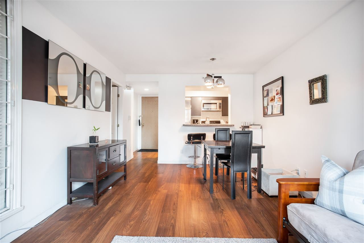 Main Photo: 205 888 HAMILTON Street in Vancouver: Downtown VW Condo for sale (Vancouver West)  : MLS®# R2419562