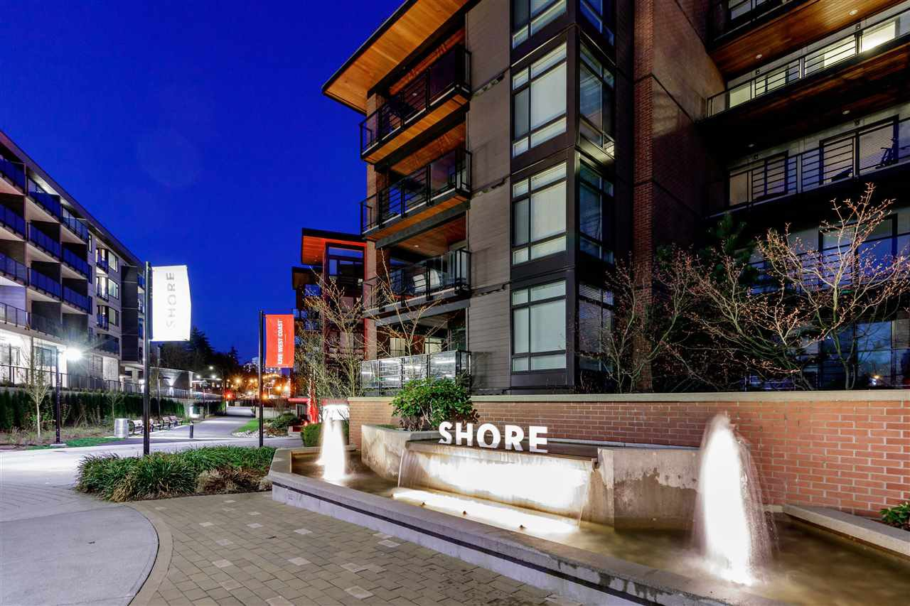 Photo 2: Photos: 307-733 W rd St. in North Vancouver: Harbourside Condo for rent
