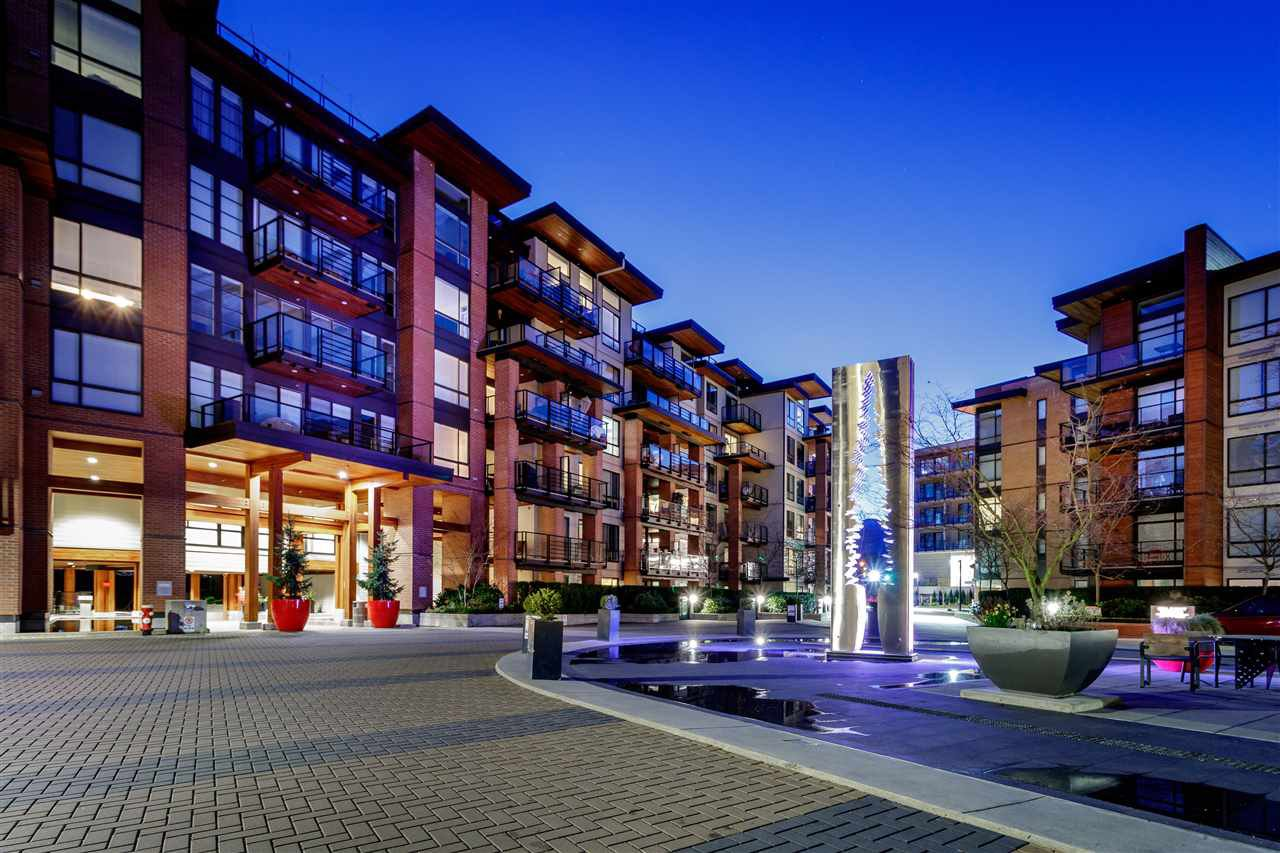 Photo 1: Photos: 307-733 W rd St. in North Vancouver: Harbourside Condo for rent