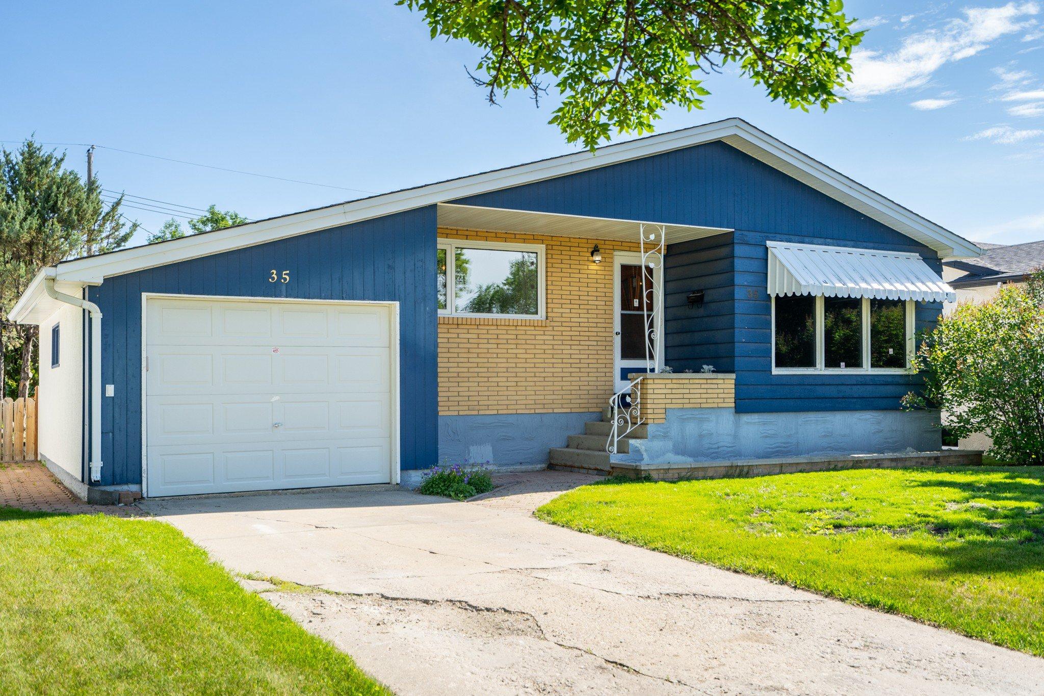 Main Photo: 35 Donegal Bay in Winnipeg: East Kildonan House for sale (3B)  : MLS®# 1916117