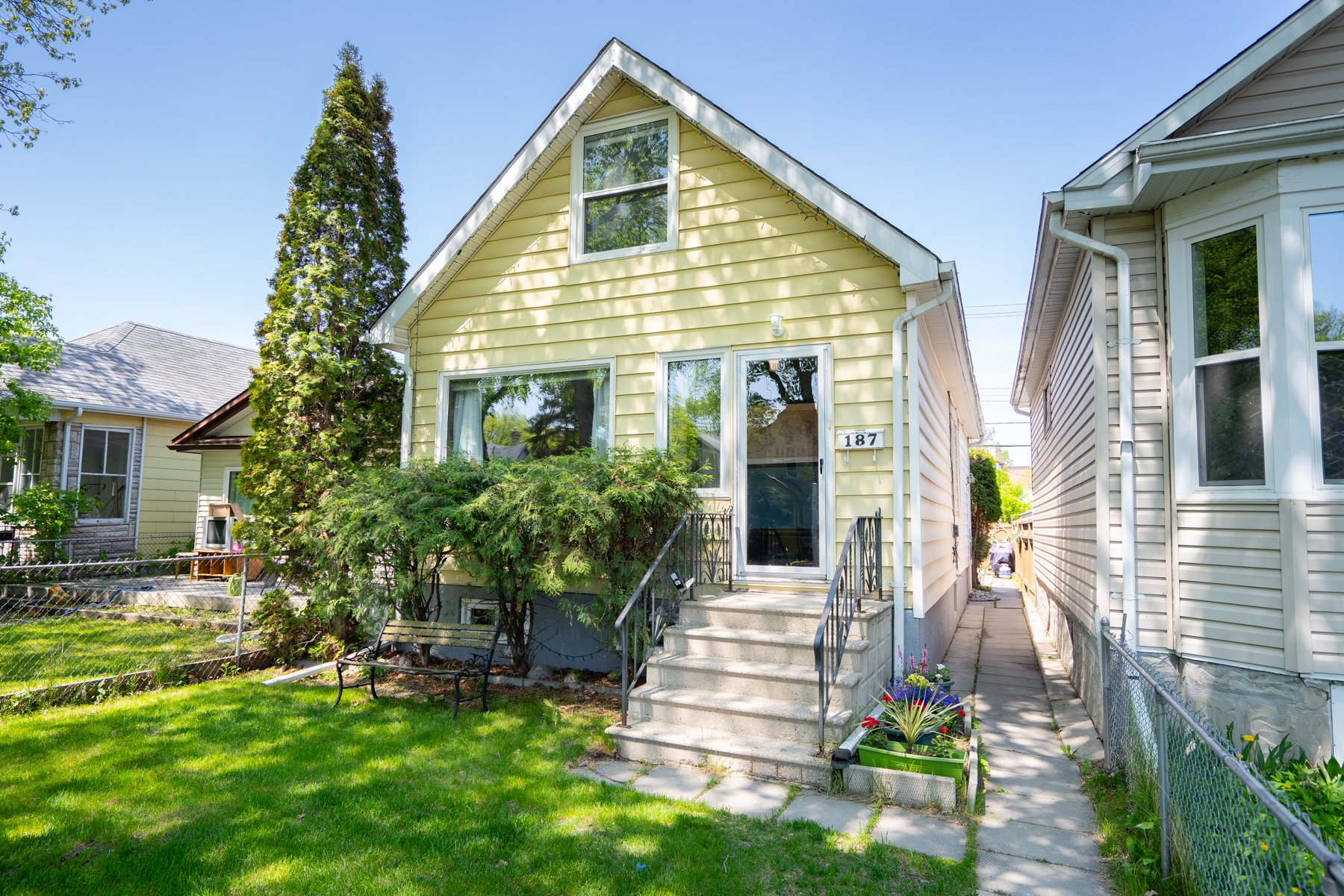 Main Photo: 187 Morley Avenue in Winnipeg: Riverview House for sale (1A)  : MLS®# 1910296