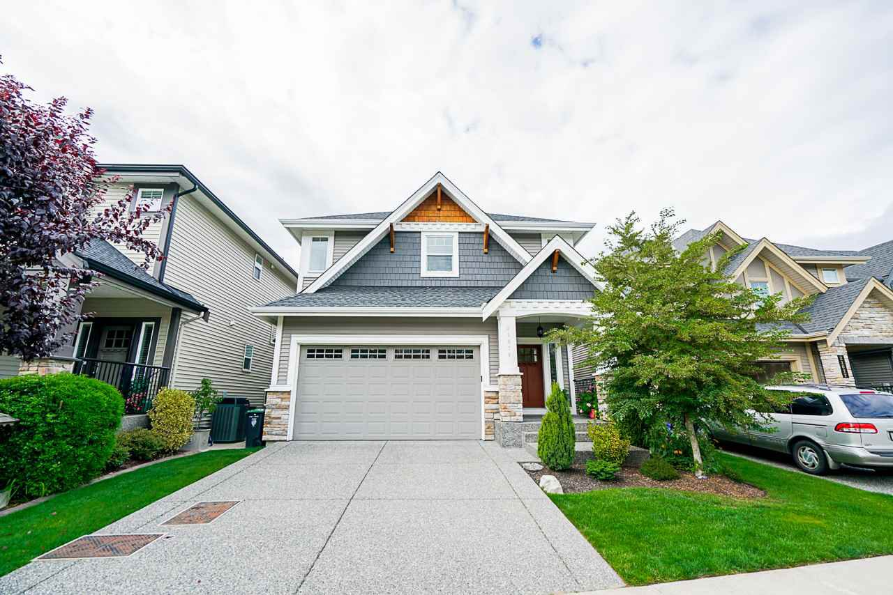 "Main Photo: 21071 78B Avenue in Langley: Willoughby Heights House for sale in ""Yorkson South"" : MLS®# R2474012"