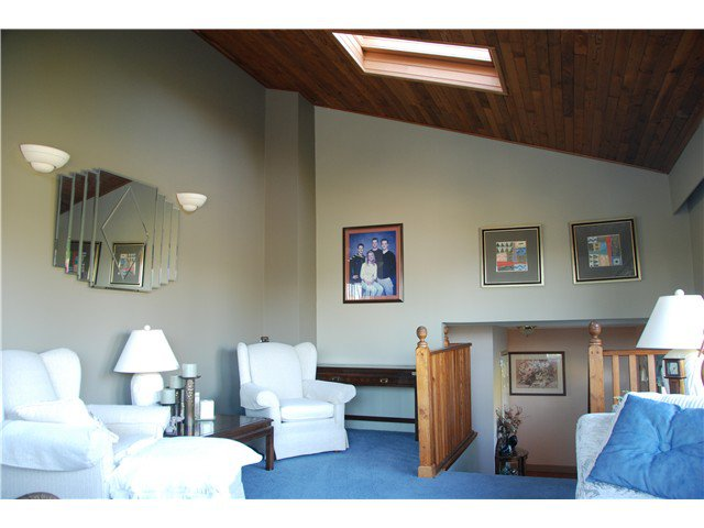 """Photo 6: Photos: 2874 NORMAN Avenue in Coquitlam: Ranch Park House for sale in """"RANCH PARK"""" : MLS®# V1036565"""