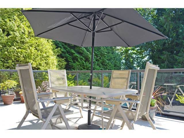 Photo 13: Photos: 307 MARINER Way in Coquitlam: Cape Horn House for sale : MLS®# V1041229