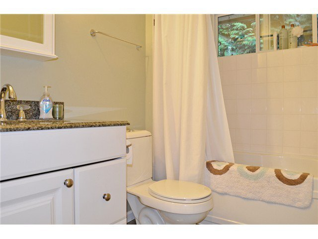 Photo 11: Photos: 307 MARINER Way in Coquitlam: Cape Horn House for sale : MLS®# V1041229