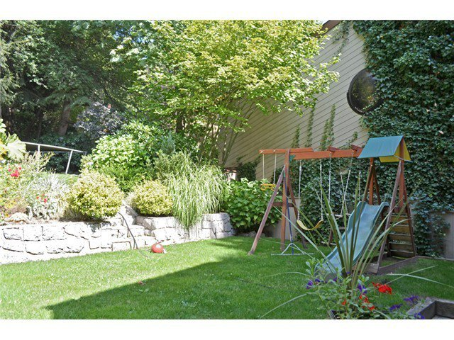 Photo 14: Photos: 307 MARINER Way in Coquitlam: Cape Horn House for sale : MLS®# V1041229