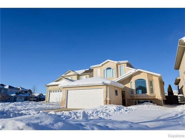 Main Photo: 113 Wayfarer's Haven in WINNIPEG: Windsor Park / Southdale / Island Lakes Residential for sale (South East Winnipeg)  : MLS®# 1600082