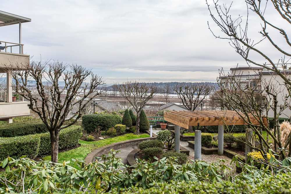 """Photo 18: Photos: 207 78 RICHMOND Street in New Westminster: Fraserview NW Condo for sale in """"FRASERVIEW"""" : MLS®# R2039326"""