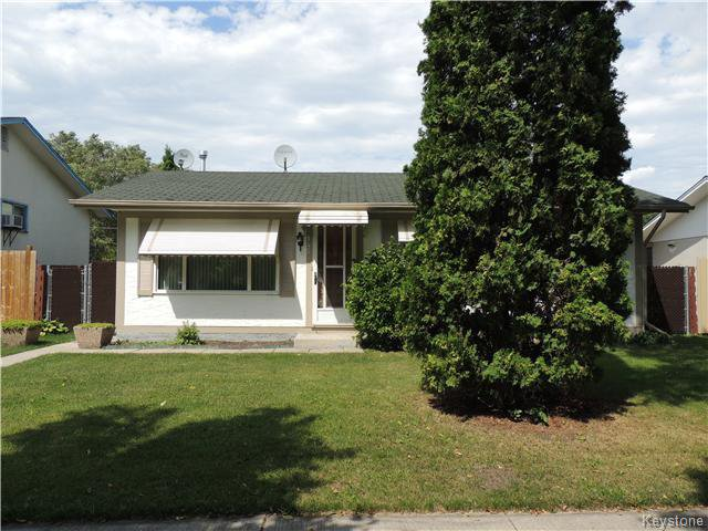 Main Photo: 145 Dowling Avenue in Winnipeg: East Transcona Residential for sale (3M)  : MLS®# 1621328