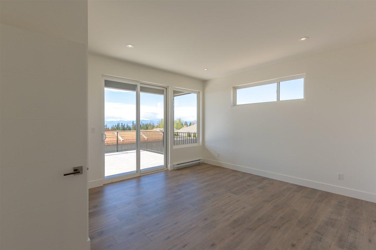 Photo 9: Photos: 6241 DELPHI Place in Sechelt: Sechelt District House for sale (Sunshine Coast)  : MLS®# R2160868