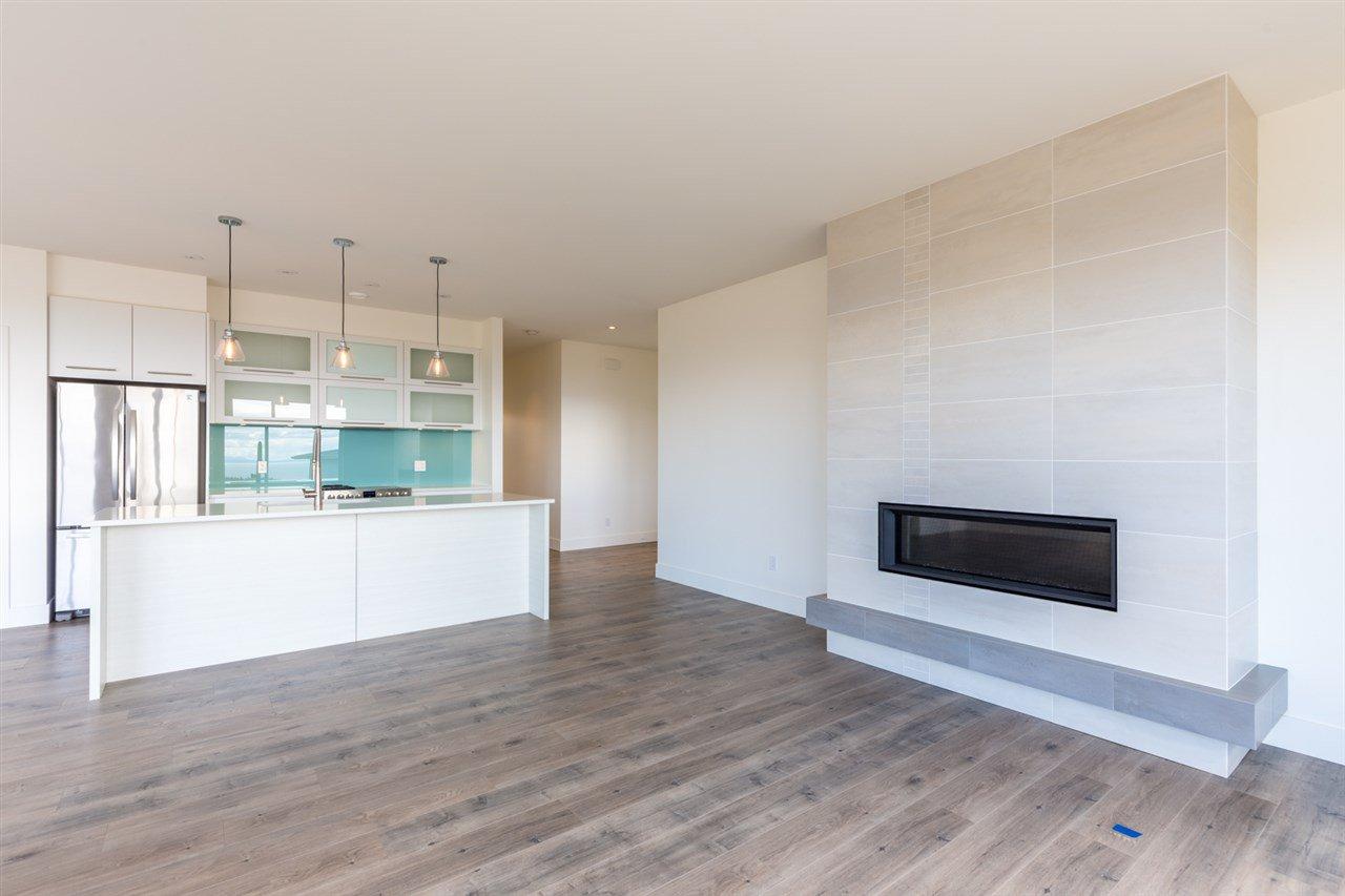 Photo 5: Photos: 6241 DELPHI Place in Sechelt: Sechelt District House for sale (Sunshine Coast)  : MLS®# R2160868